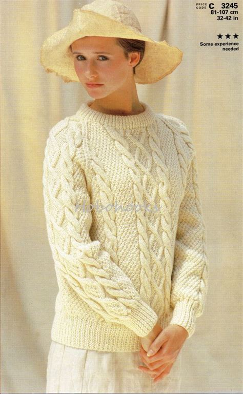 how to knit aran sweater 25 best ideas about aran sweaters on aran