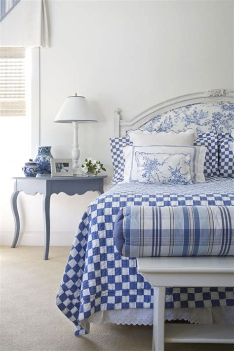 white and blue bedroom designs blue and white rooms
