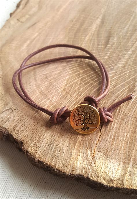 how to make leather jewelry make an easy knotted button bracelet on craftsy