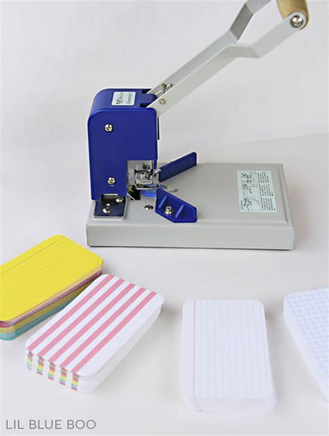 card punches how to cut rounded corners in large quantities