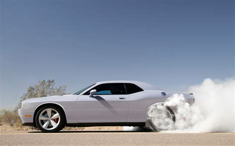 Car Burnout Wallpaper by 11 Awesome Hd Car Burnout Wallpapers