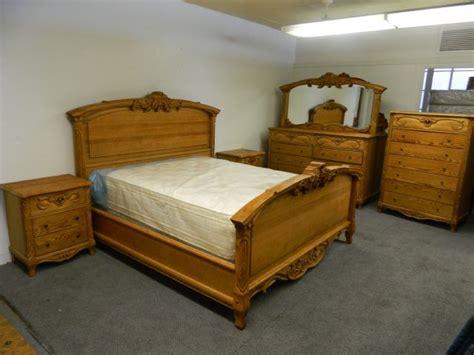 oakwood interiors bedroom furniture oakwood interiors solid oak sleigh bedroom set jamestown