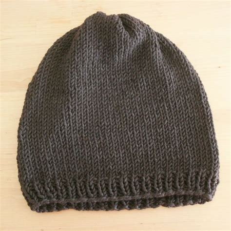how to knit a hat with needles for beginners 1000 images about needle knitting on