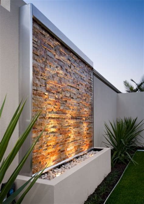 backyard water wall 25 best ideas about wall water features on