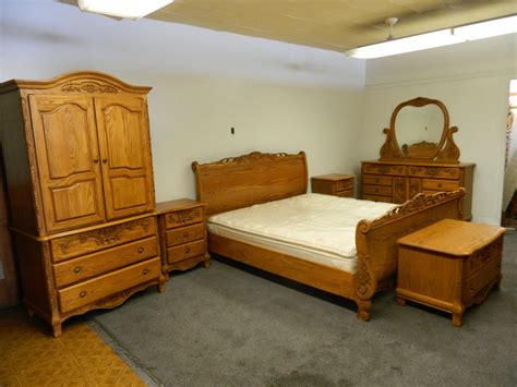 oak bedroom furniture surewood summit furniture solid oak bedroom set