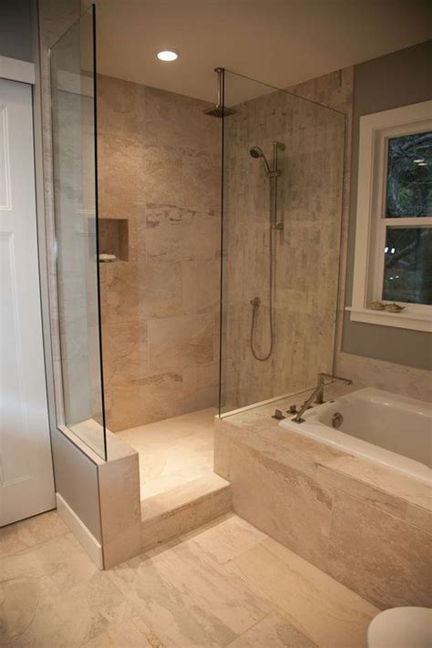 Spa Tubs For Small Bathrooms by 25 Best Ideas About Walk In Tubs On Tubs Of