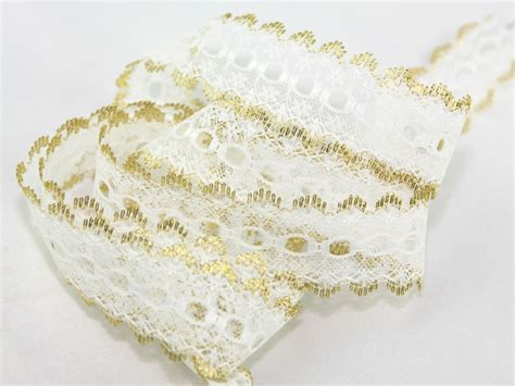 how to knit eyelet lace essential trimmings eyelet knitting in lace trimming
