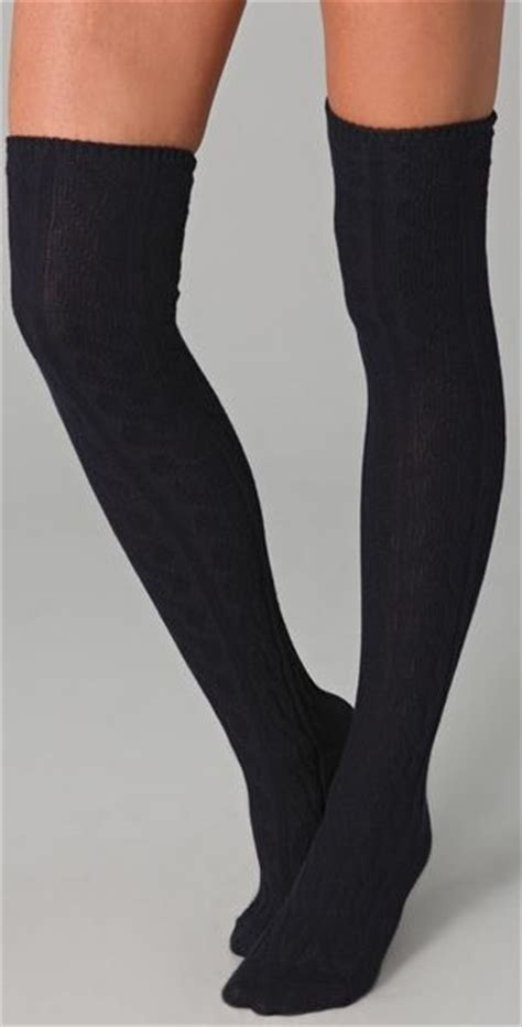 knit the knee socks madewell cable knit the knee socks in blue navy lyst