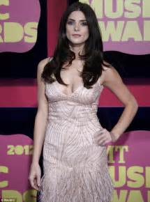 cmt music awards 2012 ashley greene in plunging
