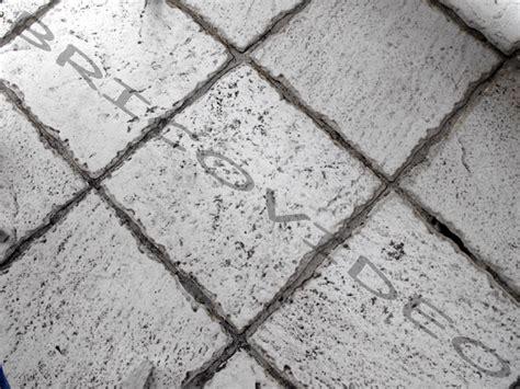 faire des joints de carrelage sol obasinc