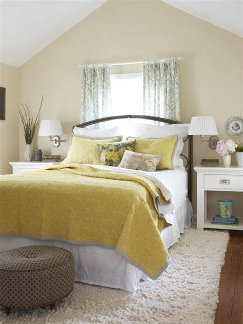 yellow bedrooms 2014 bedroom decorating ideas with yellow color modern