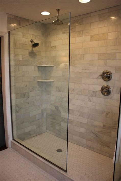 showers in bathrooms 25 best ideas about bathroom showers on