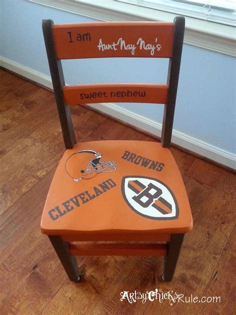 chalk paint sale garage sale chair transformed with chalk paint 174 artsy