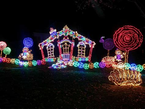 rock city garden of lights rock city lights up lookout mountain at this