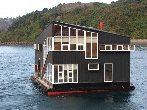 floating houses floating house es