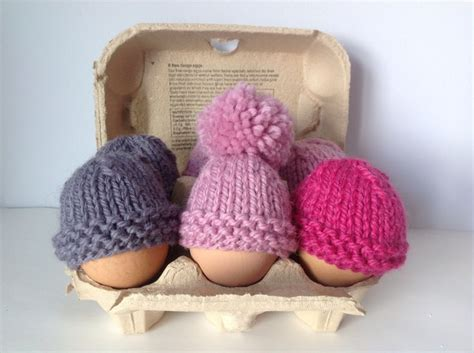 knitting pattern for chicken egg cosy 17 best images about egg cosies on chicken
