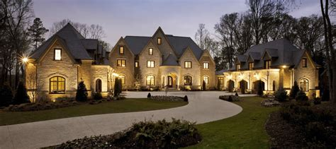 luxury homes top 5 reasons everyone needs a luxury home specialist