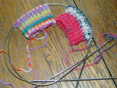 knitting socks on circular needles knit me a river 2 socks on 2 circular needles