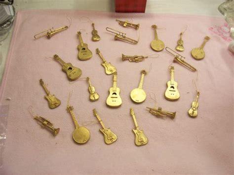 musical instruments ornaments lot of 23 gold tone