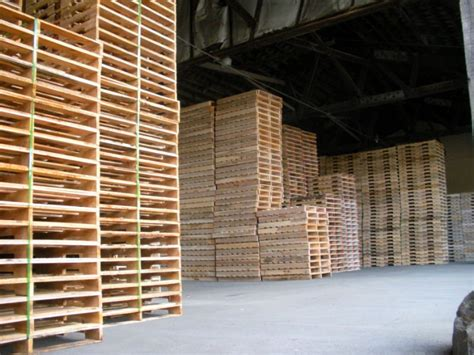 woodworking warehouse wooden pallet reasonable price china mainland stacking