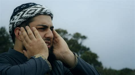 what are muslim prayer called islamic call to prayer amazing adhan by edris aslami