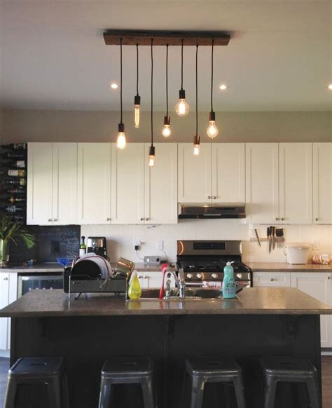 pendant lights for modern kitchens 25 best ideas about kitchen chandelier on