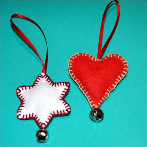 simple felt decorations easy felt ornaments family crafts