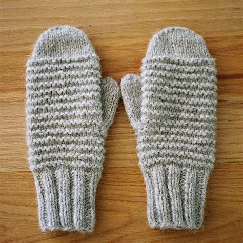 easy mitten knitting pattern ravelry easy knit mittens pattern by brand yarn picmia