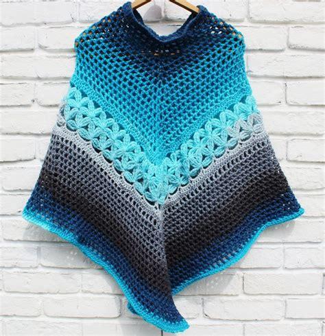 poncho pattern 25 best ideas about crochet poncho patterns on