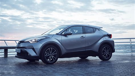 Toyota C HR Hybrid: 4 reasons why this should be your