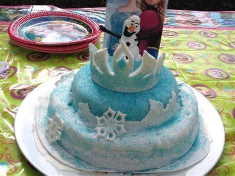 g 226 teau pate 224 sucre la reine des neiges la couronne d elsa et p 226 te a sucre