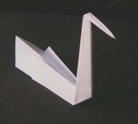 paper swan origami project ideas using square of paper or origami paper