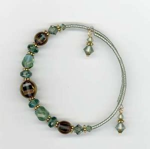 how to make metal st jewelry memory wire bracelet favecrafts