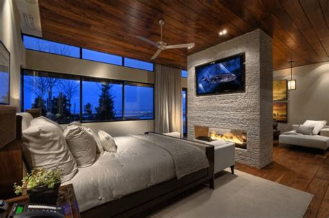 master bedroom fireplace 17 impressive master bedrooms with fireplaces pinkous