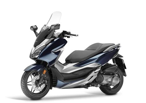 Pcx 2018 Vs Forza by Honda Forza 300 Abs 2018 Prezzo E Scheda Tecnica Moto It
