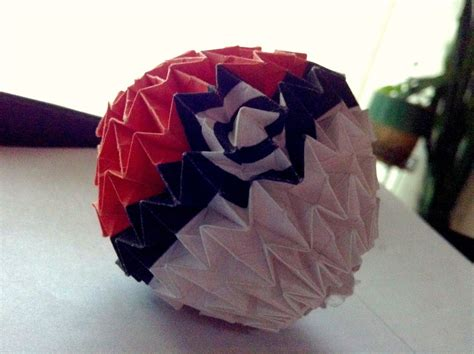 origami pokeball origami pokeball by mycatisawesome on deviantart