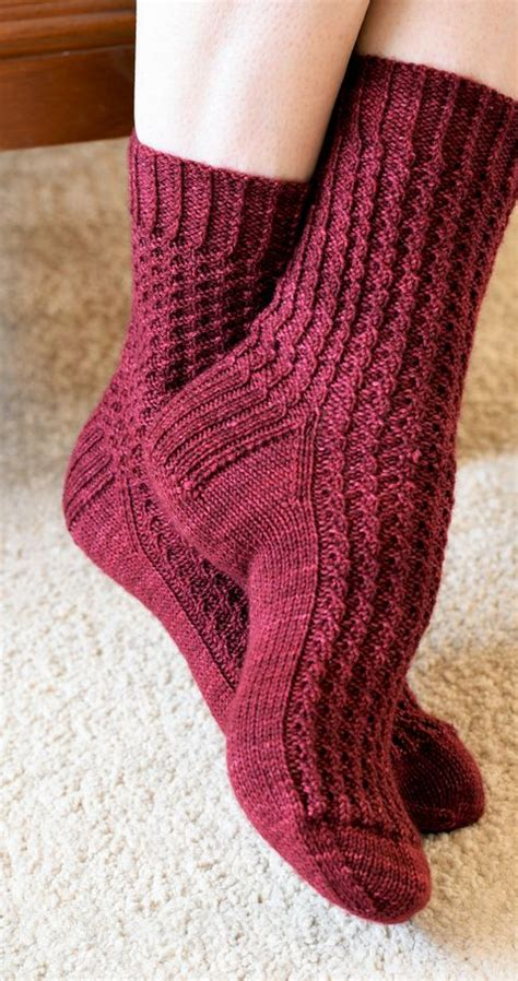 small knitting projects 17 best ideas about small knitting projects on