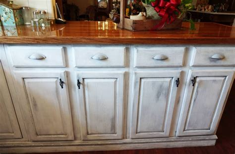 how to distress white kitchen cabinets distressed white kitchen cabinets photos kitchen cabinets