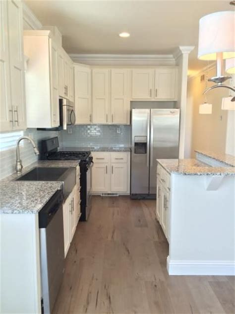 mobile home kitchen design 25 best ideas about mobile home kitchens on