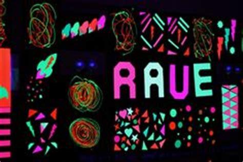 glow in the paint tesco uv blacklight on black lights