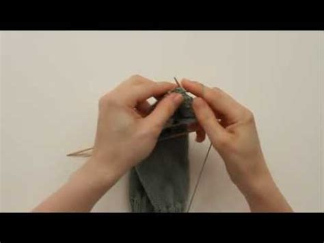 how to turn a heel when knitting a sock how to knit a sock heel turn 2 of 3