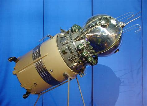 space craft vostok spacecraft