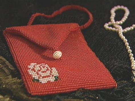 how to make a purse with how to bead a vintage purse hgtv