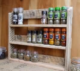 kitchen spice rack ideas best 25 pallet spice rack ideas on kitchen