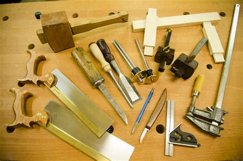 common woodworking tools how to make mortise and tenon joints with