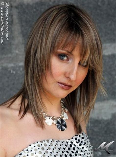 feather cut hairstyle 60 s style feathered hairstyles feather cut and hairstyles on pinterest