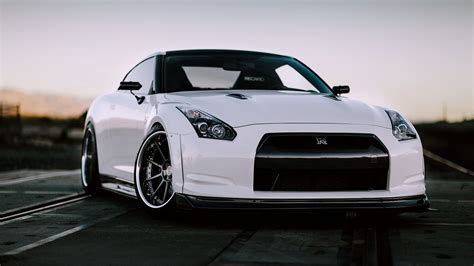 Car Wallpaper Front View by Nissan Gt R R35 White Car Front View Wallpaper Cars