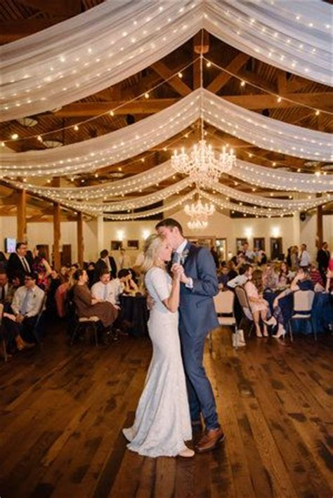 drapes and lights for weddings 25 wedding reception decorations ideas on