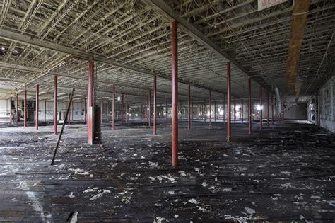 Detroiturbex Standard Knitting Mill