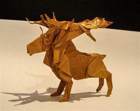 origami reindeer beautiful exles of origami paper hongkiat
